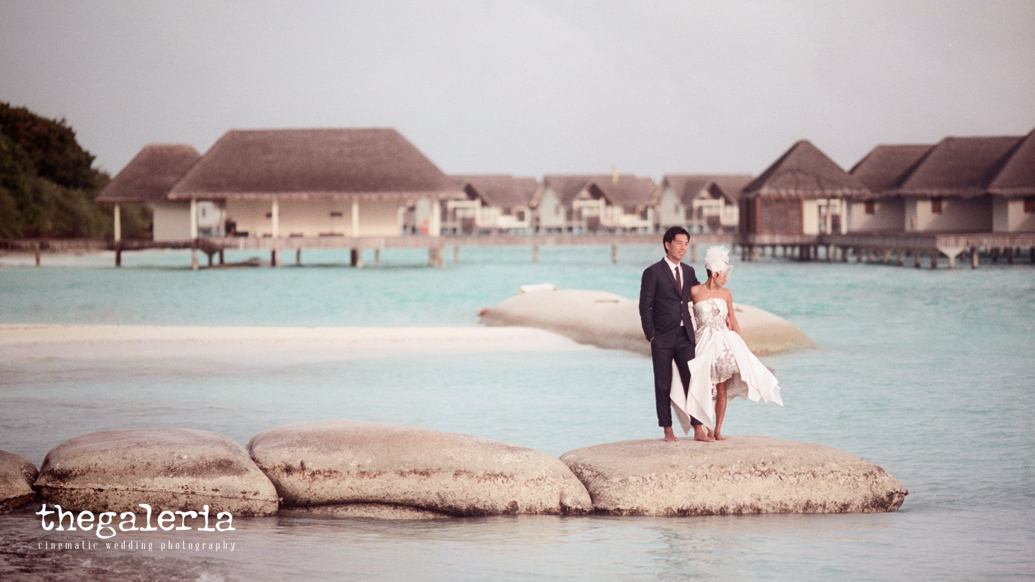 Maldives Pre-Wedding & Destination Weddings by Film Wedding Photographer Brian Ho from thegaleria. Film: CineStill 50D