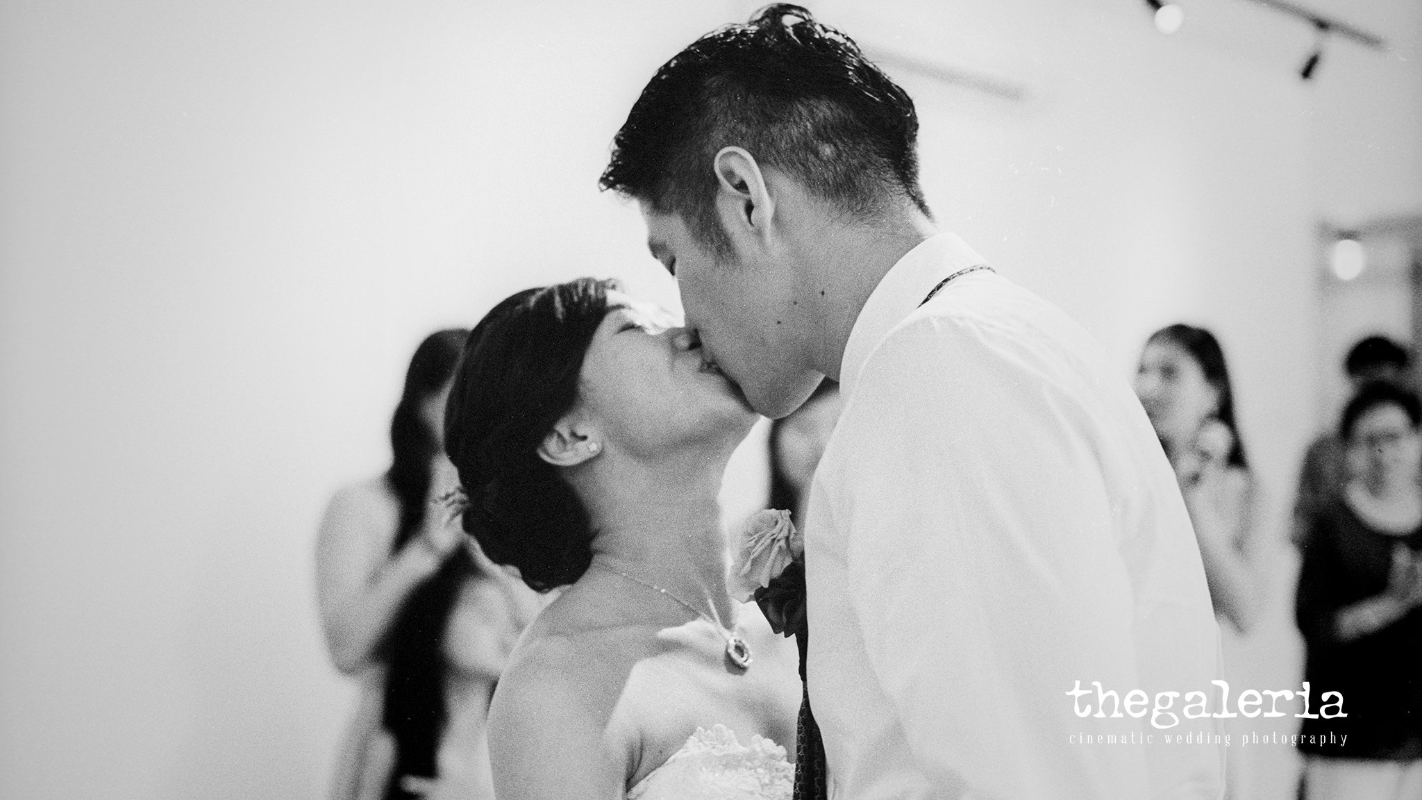 Wedding Photography by Film Photographer Brian Ho. Film: Ilford HP5+